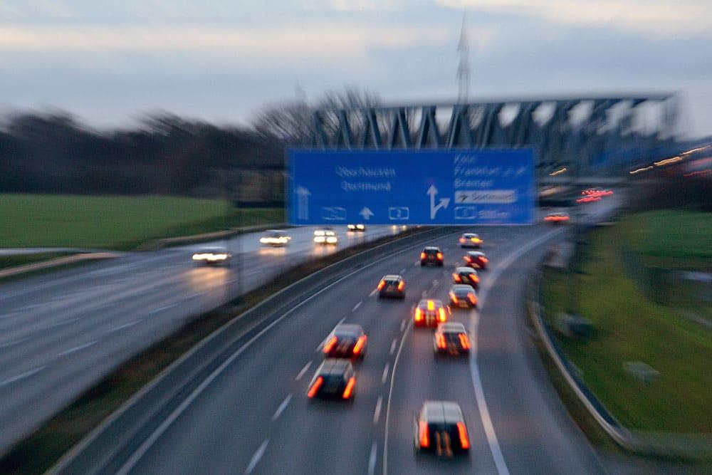 Busy do Niemiec, Sierakowice